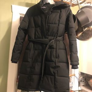pillow collared belted puffer coat